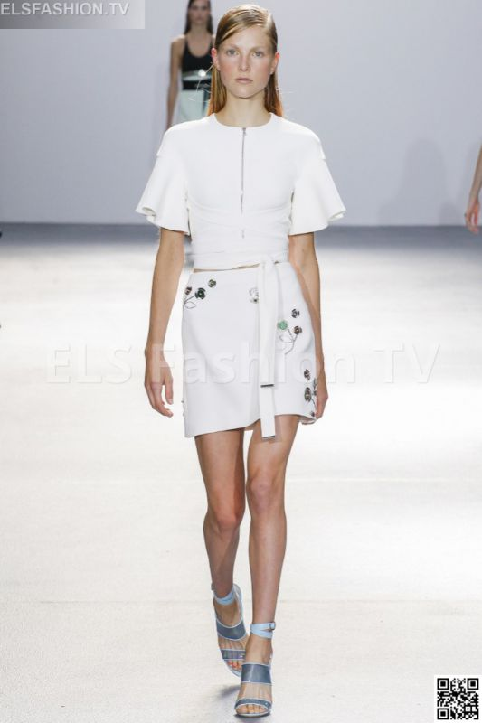 David Koma SS 2016 LFW access to view full gallery. #Davidkoma #LFW15